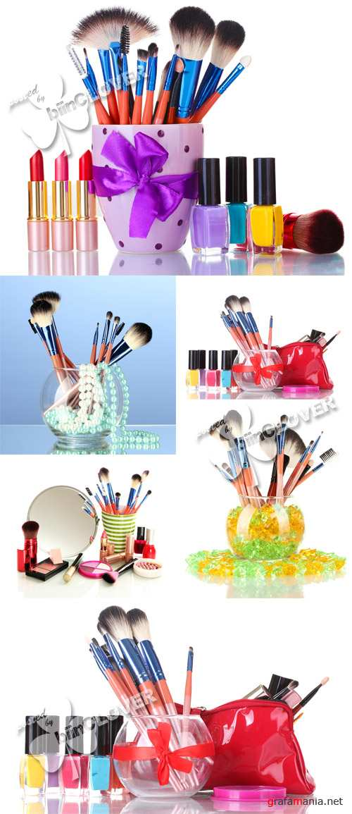 Make-up brushes and cosmetics 0253