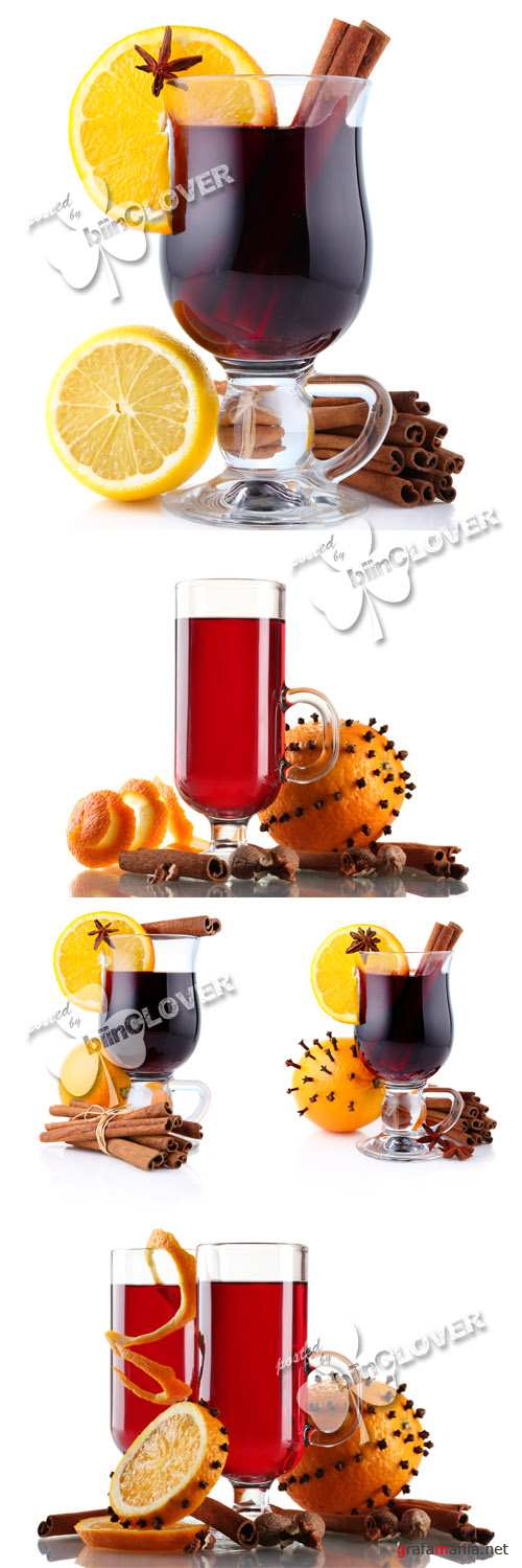 Mulled wine with spices 0275