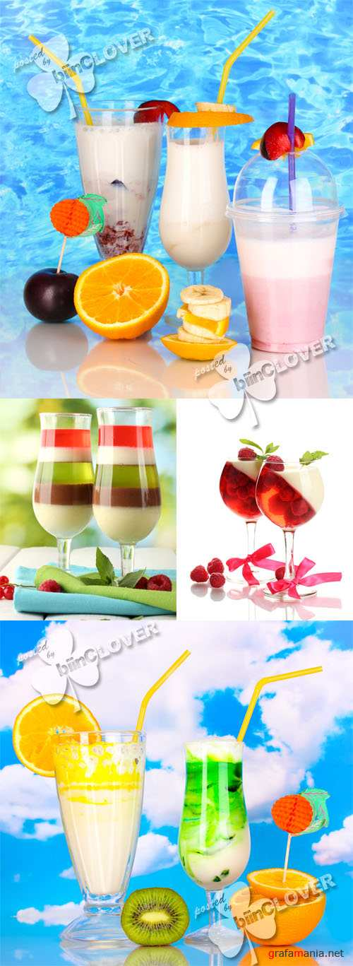 Delicious milk shakes and  fruit jelly 0278